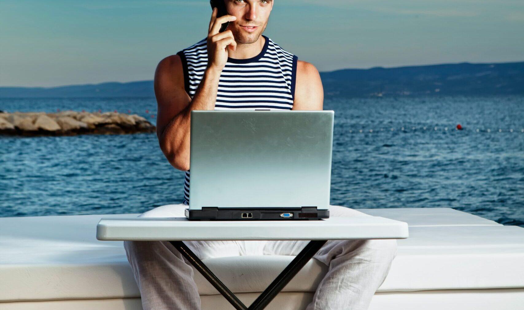 Working remotely : The Digital Nomad Visa